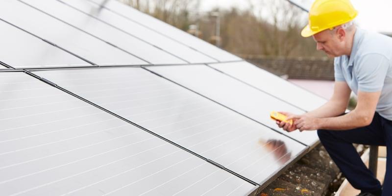 elnat-solceller-manniska-foretag-molndal-energi